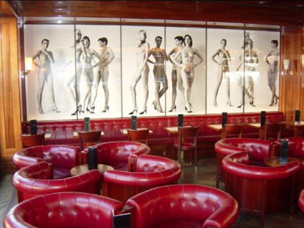 Bar Newton, Berlín